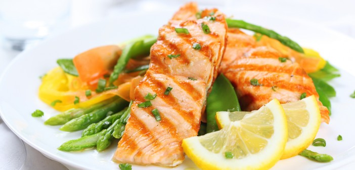 grilled-salmon-with-asparagus