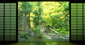 Japan_nature_indoors_zen