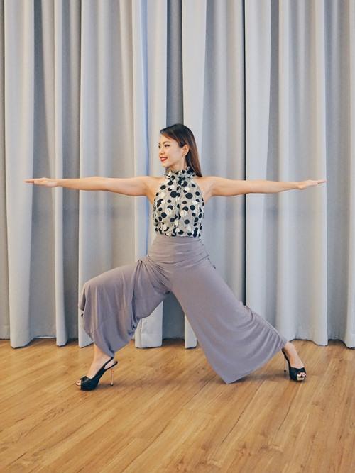 Yoga-Leg2