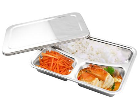 กล่องใส่อาหารพร้อมฝาปิด
