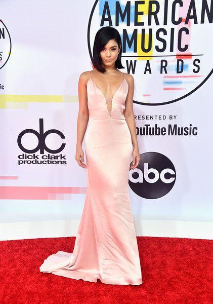 vanessa hudgens-pink dress