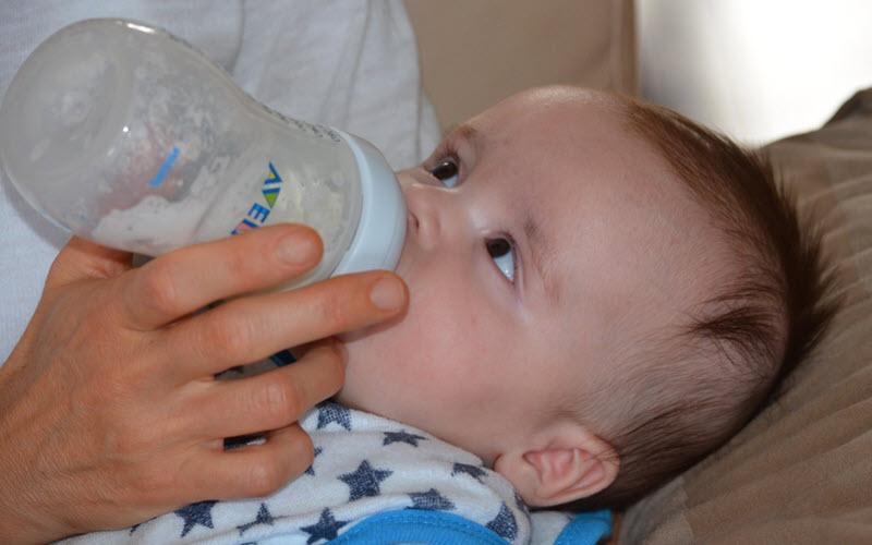 baby-milk-bottle