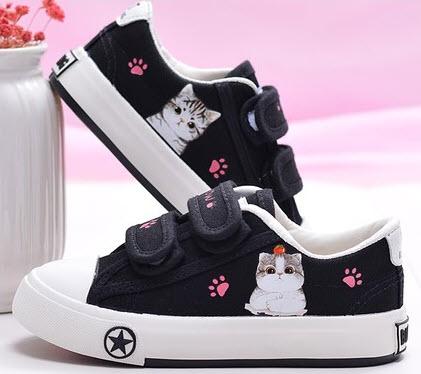 รองเท้าผ้าใบเด็กสกรีนลายแมว