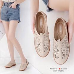 รองเท้าเพื่อสุขภาพหนังนุ่ม-01